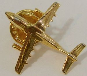 Russian Button Badge - Ilyushin IL-76 - Golden Lapel Badge